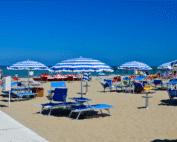 Italiaanse strandritueel TuttaLingua voor cursussen Italiaans